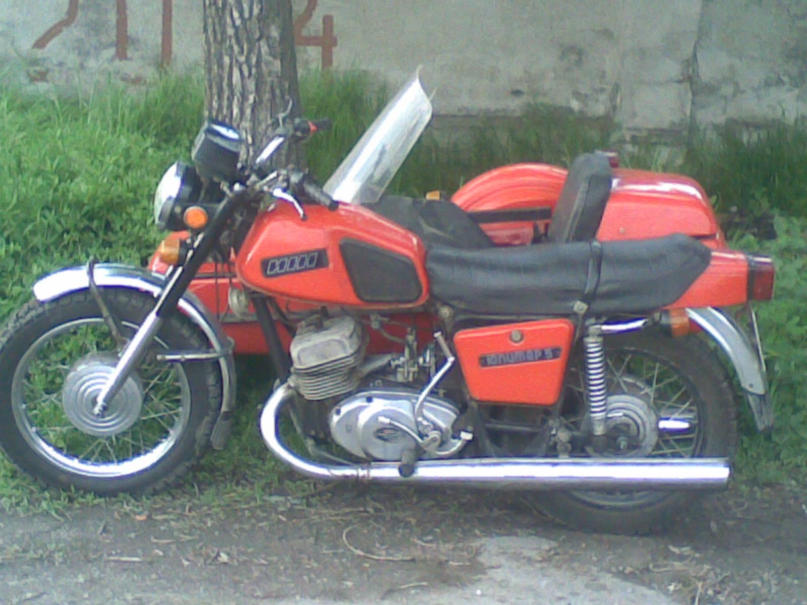 Содержание История С года началось производство мотоцикла Иж Юпитер -5 с двигателем, мощность которого...